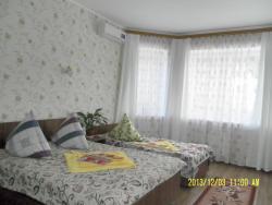 Спальня № 4 (вид на эркер с окнами на улицу)